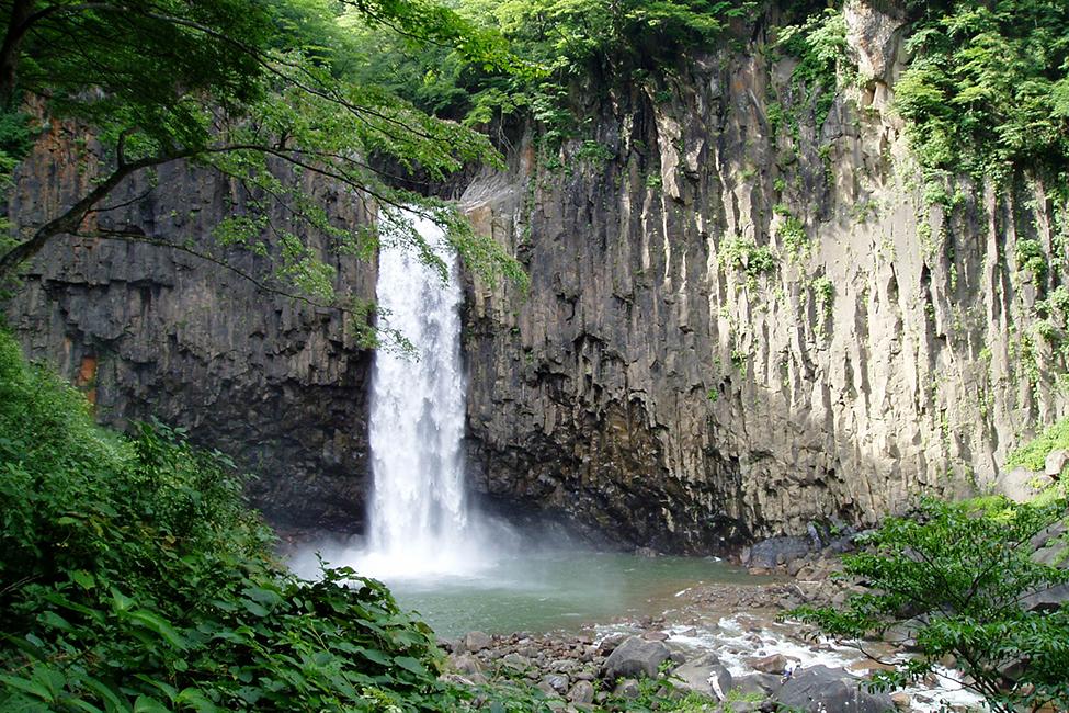 Naena Falls 25 minutes by car